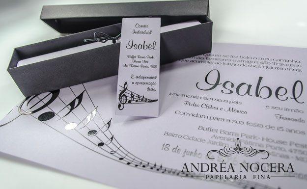 Convite com notas musicais