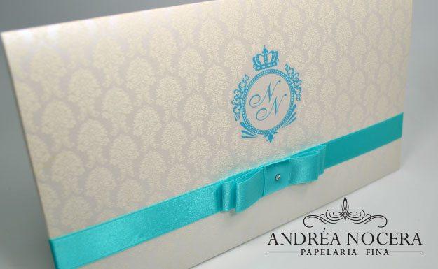 Convite de 15 anos azul tiffany e branco