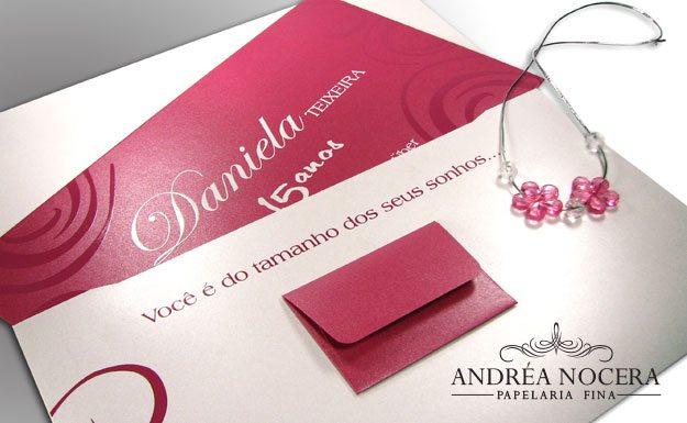 Convite de debutante vermelho e branco
