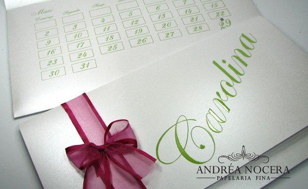 Convite de 15 anos branco verde e rosa