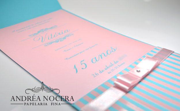 Convite de 15 anos azul e rosa