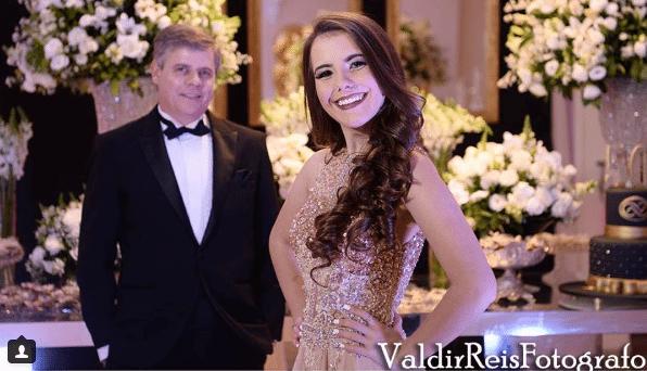 Festa de Arnaldo e Vitória