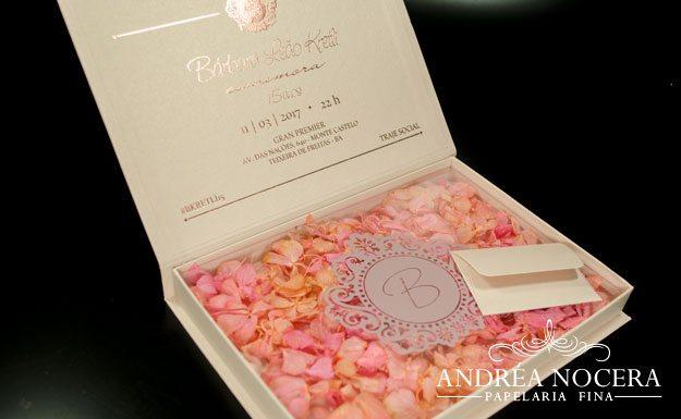 Convite de Debutante com flocagem