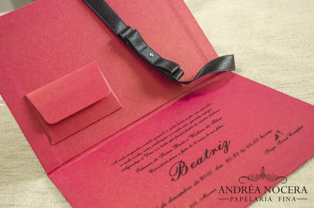 Convite de Debutante Capa Dura