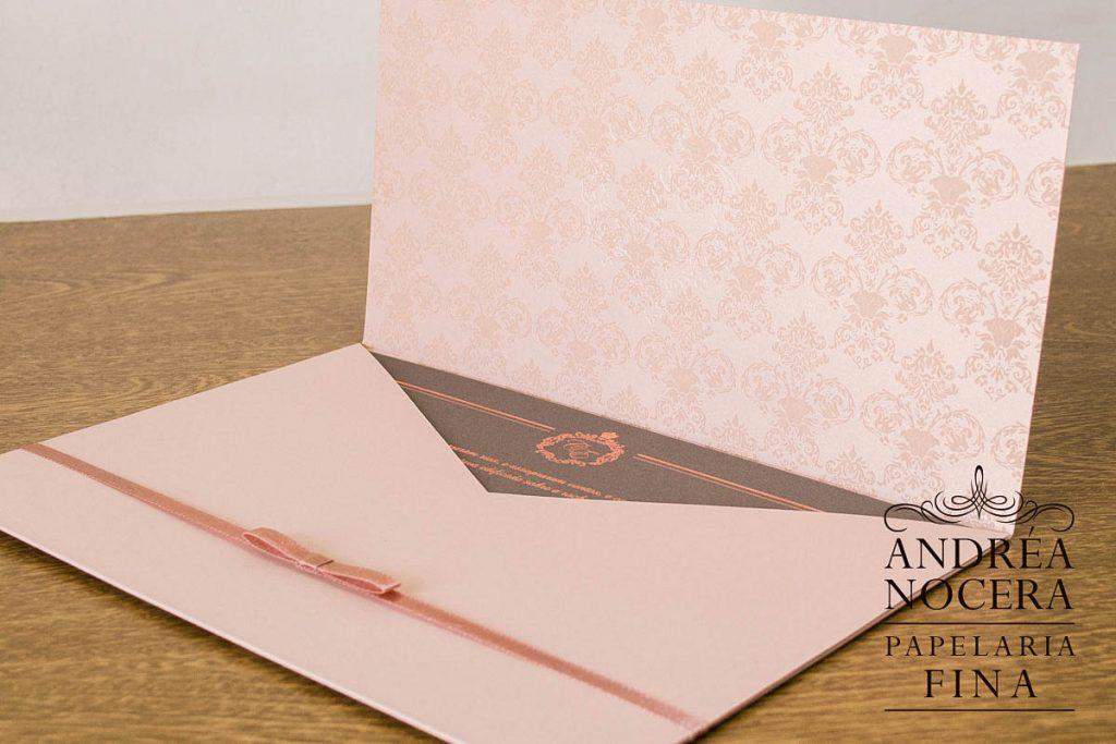 Quando deve se iniciar a Entrega dos Convites de Casamento?