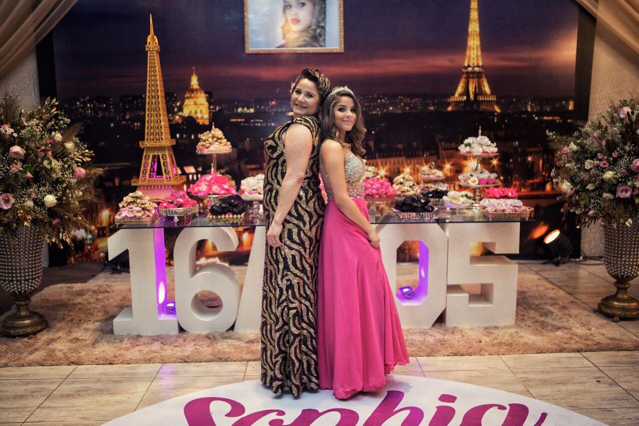 Festa de Debutante com o tema Paris