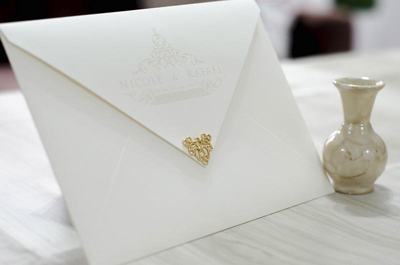 Convite de Casamento com Ponteira Metálica