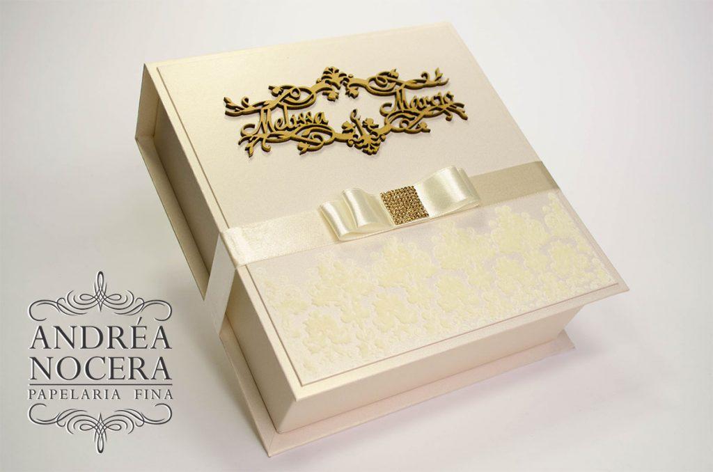 Caixa baby chandon padrinhos brasão marfim