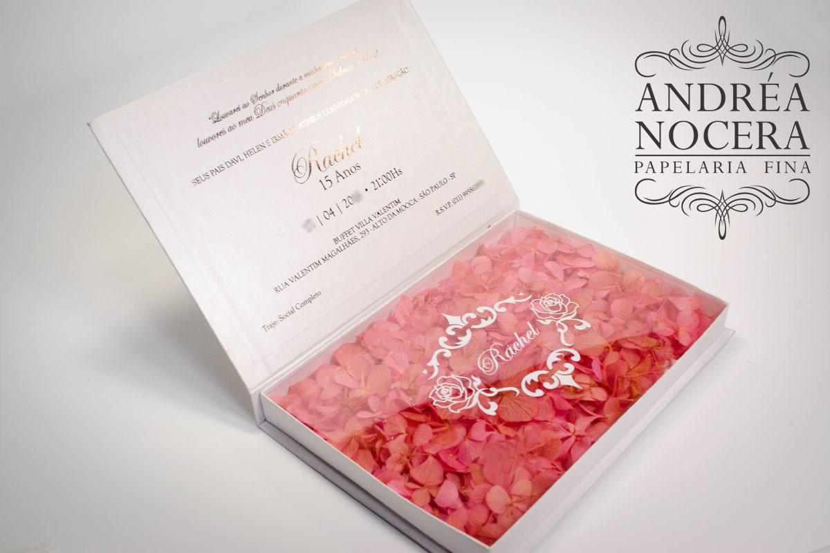 Convite Box cor rosê com flores