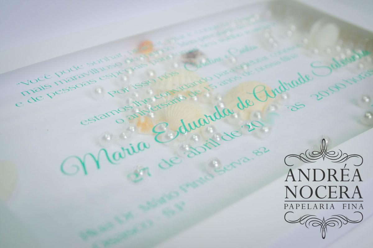 Convite de Debutante com pérolas e conchinhas - Atelier Andréa Nocera