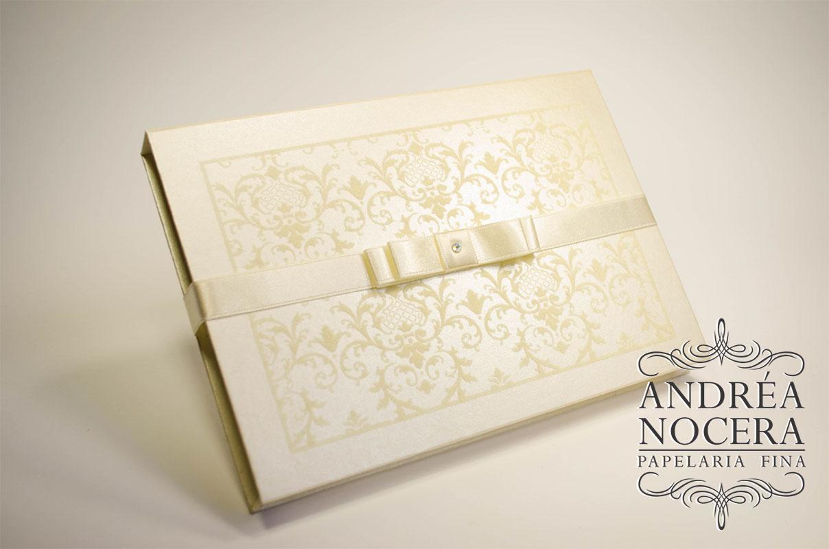 Convite box veludo marfim marsala